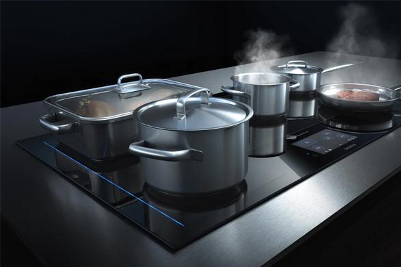 Siemens freeInduction kookplaten geven je tijdens het koken volledige vrijheid.