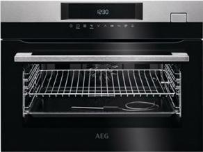 Compacte 45 cm hoge oven van AEG.