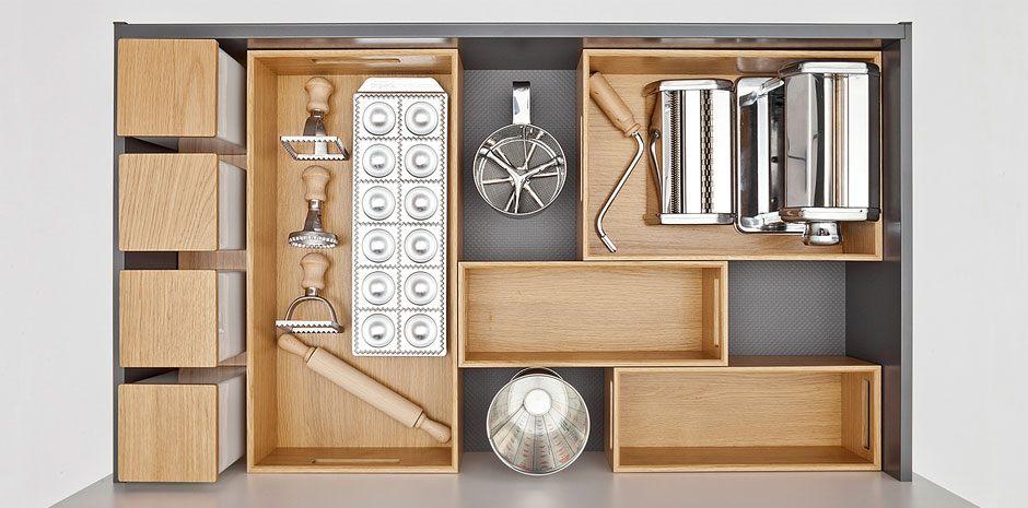 Flex-Boxen de design oplossing van next125 voor opgeruimde lades en kasten.