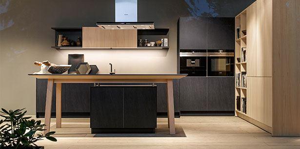 Keukenopstelling van de NX950 keuken grafiet uit de keukencollectie van next125 uit 2016.