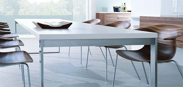next125 tafels, banken en stoelen